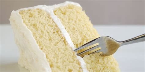delicious moist vanilla cake recipe basic vanilla cake recipe vanilla cake