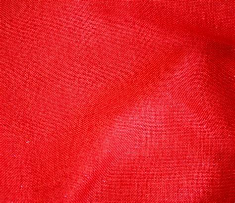 www red cardinal red metallic linen tablecloth