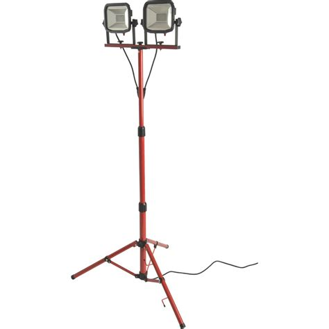 Work Light Tripod by Luceco Led Slimline Tripod Work Light Ip65 2 X 15w