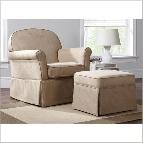 Overstuffed Chairs With Ottomans Big Overstuffed Chair With Ottoman Chairs Home Decorating Ideas Egazxbg45n