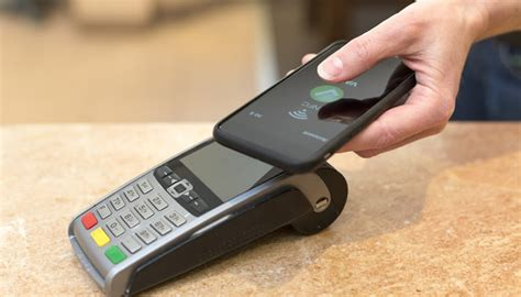 nfc mobile payments mobile payments coming to canada s big banks