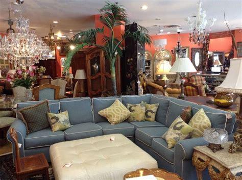 interior design palm local store hosting contest for transformative interior