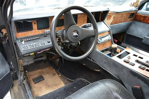 aston martin lagonda interior giant project tired 1986 aston martin lagonda bring a