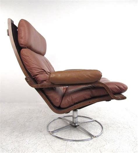 Leather Swivel Chair With Ottoman Vintage Leather Westnofa Style Swivel Lounge Chair With Ottoman At 1stdibs