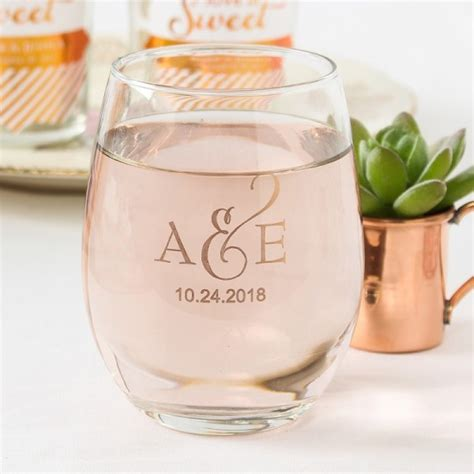 Wedding Gift Wine Glasses by 20 Unique And Cheap Wedding Favor Ideas 2