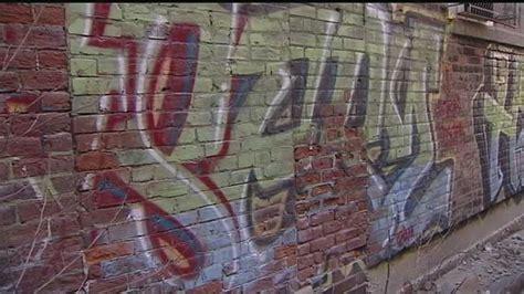 city businesses continue  struggle  graffiti