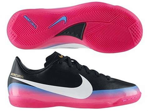nike indoor soccer shoes 538125 014 nike cr7 youth