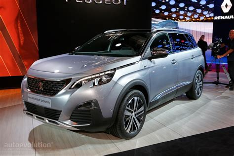 peugeot paris all new peugeot 5008 is a 7 seater crossover in paris
