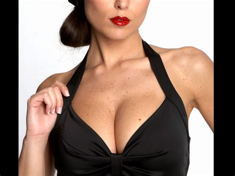 Bra Health Risks 3 by Health Effects Of A Wrong Bra Size Boldsky