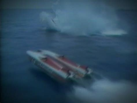 offshore boat fails awesome speed boat racing accidents fails crashes colli