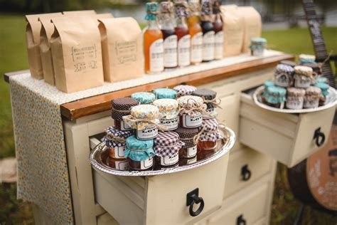 Custom Wedding Gifts For Guests   99 Wedding Ideas