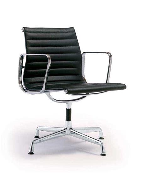 tappezzeria i maestri charles eames sedie aluminium chairs