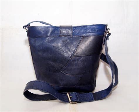 Tas Slempang Kamera Lecca Blue tas kulit asli slempang wanita kode produk lk06 blue