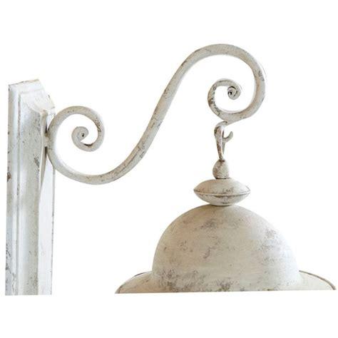 applique a muro lada a parete in ferro battuto e vetro