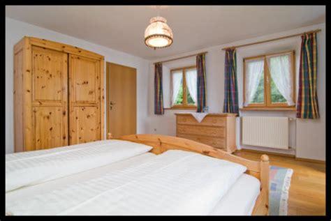 40 Db Im Schlafzimmer by Wohnung
