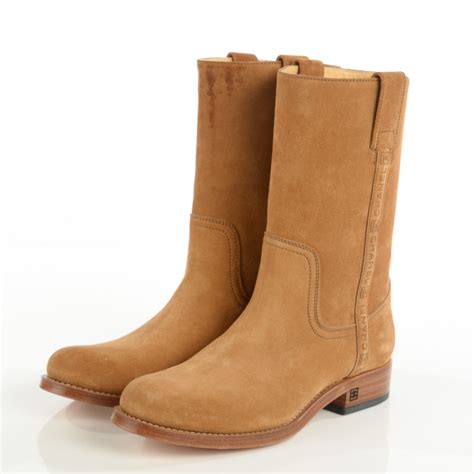 chanel suede logo boots 40 5 camel 113336