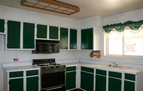 painting kitchen cabinets two different colors painting kitchen cabinets two colors ugly kitchen