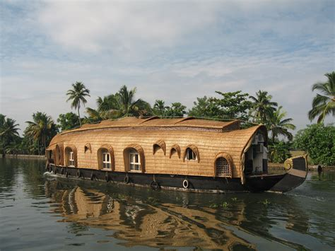 boat manufacturers in kerala holiday in kerala 1 a house boat wanderlust