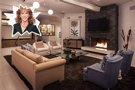 neutral cool living room idea aquarium jpg 1021 215 736 coolest living rooms best free home design idea