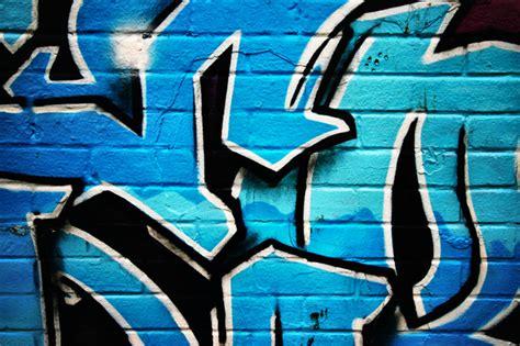 wallpaper graffiti blue blue graffiti wall mural photo wallpaper photowall