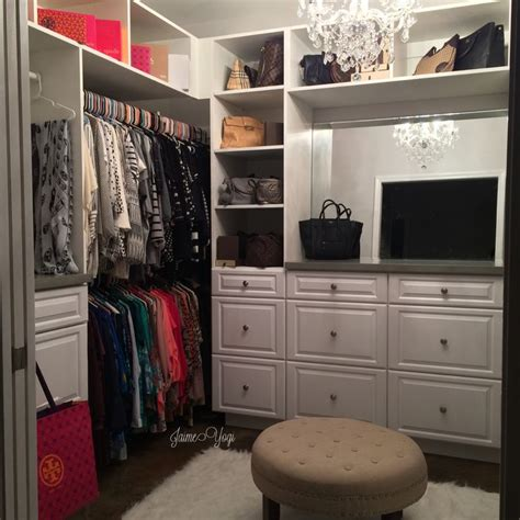 Yogi Closet by 17 Best Images About Walk In Closet On Vanities Dressing Tables And Islands