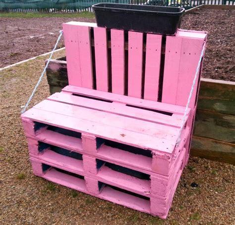costruire una poltrona come costruire una sedia da giardino con i pallet