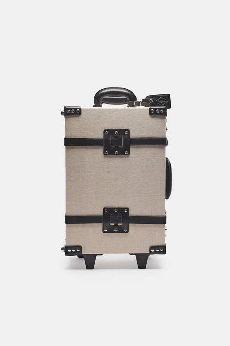 cabin size luggage best 25 cabin luggage size ideas on cabin bag