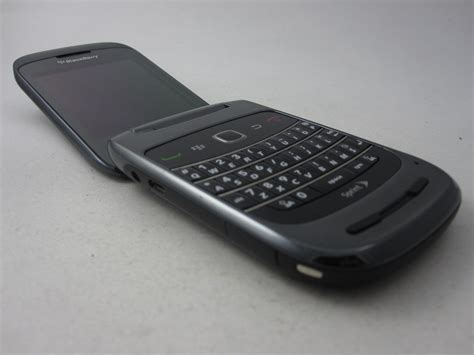 Hp Bb Flip Cdma sprint blackberry style 9670 cdma qwerty flip smartphone cell phone other