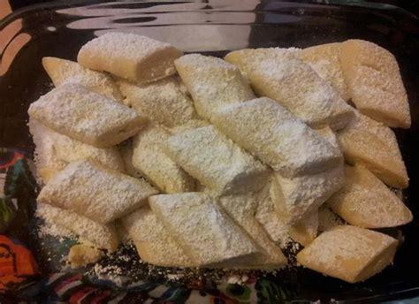 yemek krem santili tatlilar resimli 23 krem şantili un kurabiyesi oktay usta