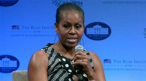 what does michelle obama really look like without her wig michelle obama women are smarter than men today com