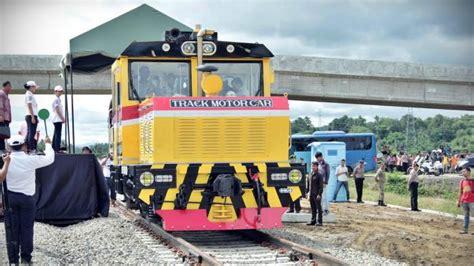 Kereta Bayi Di Makassar sulawesi selatan mamminatasa railways 80 km sulawesi railways 700 km phase 1 550 km