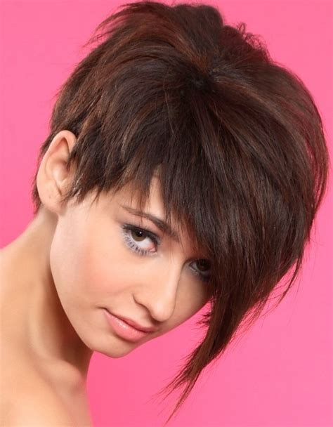 grow out asymmetrical bob asymmetrical pixie wish my hair was straight so i could
