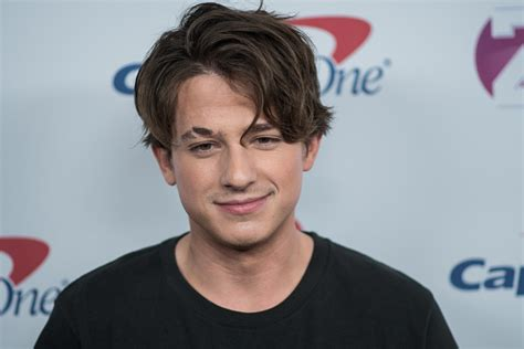 charlie puth long charlie puth just had a lot to say about the bella thorne