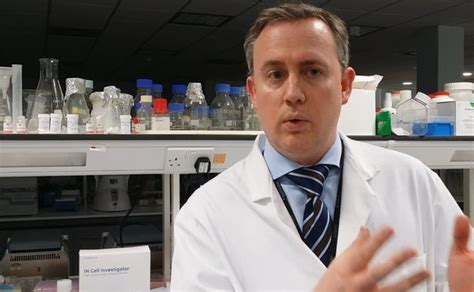 Sees Plastic Surgeon by Remarkable Breakthrough Sees Scientists Develop