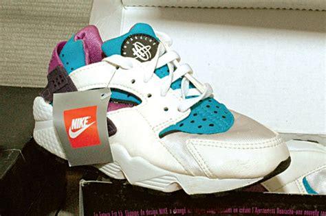 Jual Nike Huarache Original how cool do these original nike air huaraches look the sneaker freaker vintage museum