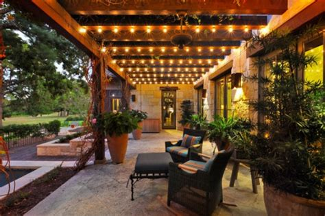 mediterranian courtyard gardens courtyards and verandas pinterest 17 outstanding mediterranean porch designs with a nice view