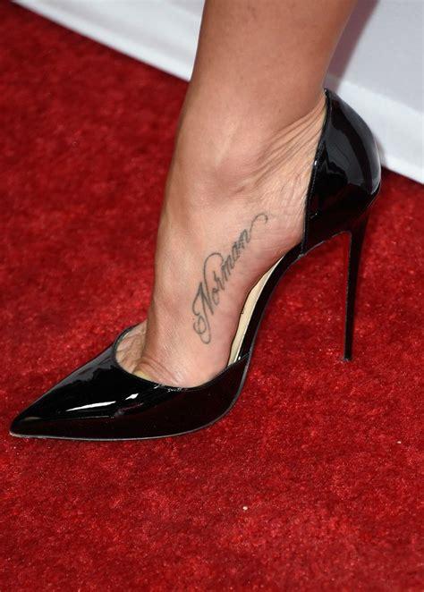 jennifer aniston tattoo aniston tattoos lettering nbk vvsytfux jpg