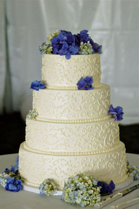 Fondant Wedding Cakes by Wedding Cakes Without Fondant Several Non Fondant