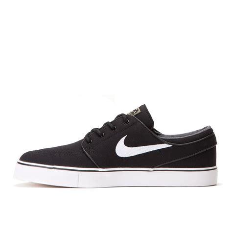 Nike Stefan Jonski Black nike sb zoom stefan janoski canvas black white gum