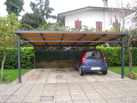 costruire una tettoia per auto realizzazione tettoie e pensiline carpenteria favaretto