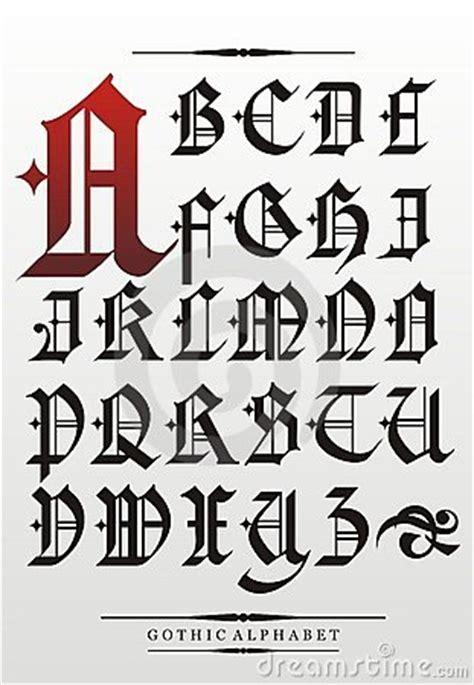 lettere gotiche antiche alfabeto gotico immagini stock libere da diritti