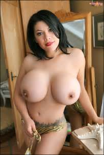 click here to see more ana rica pinup files