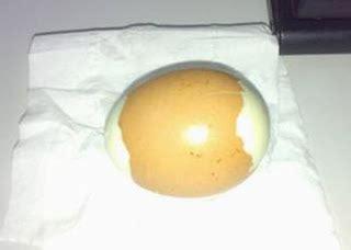 Resin Hati Besar bila gambar bersuara perbezaan telur ayam asli dan tiruan