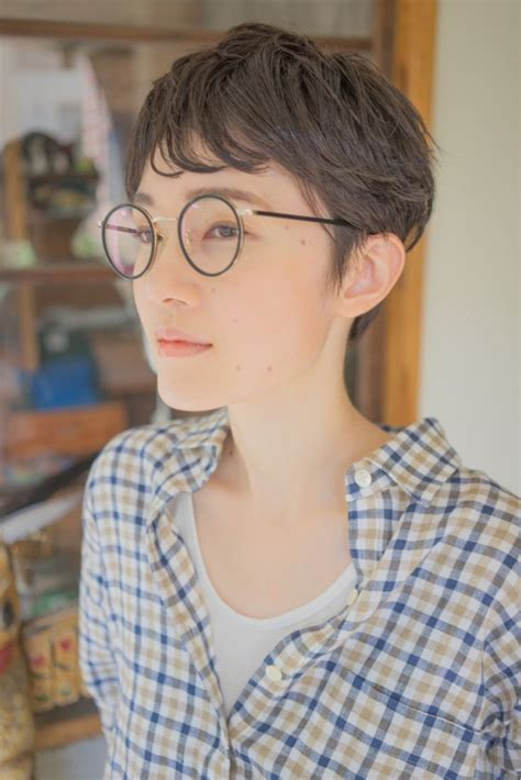 hairstyles nerd glasses 435 best nerd chic images on pinterest glasses eye
