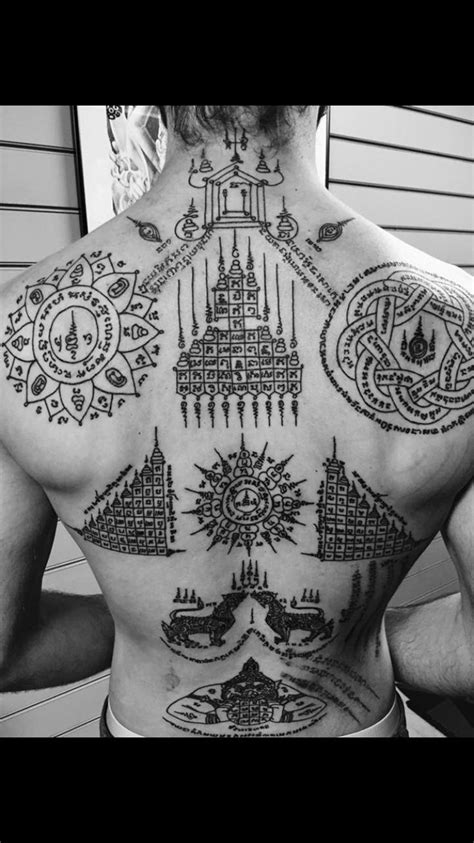 thai tattoo and meaning muay thai tattoo symbols and meanings yantra tattoo