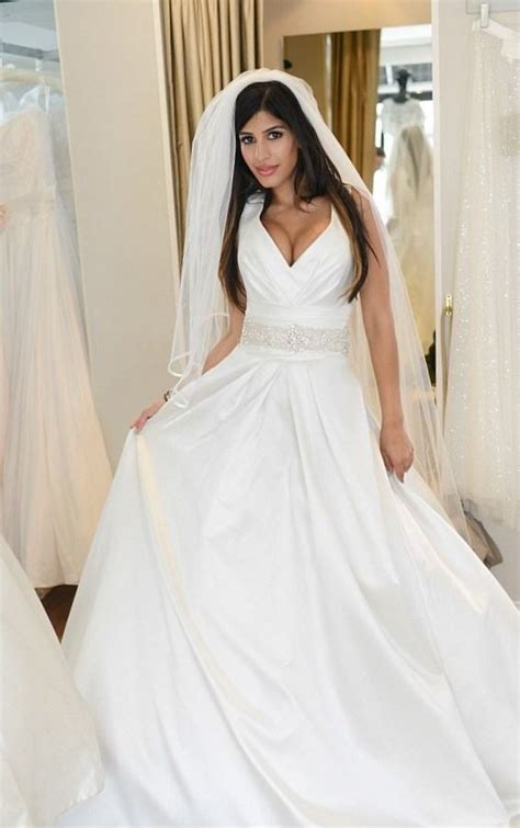 Bridesmaid Dresses For Small Bust - best style wedding dress for small bust wedding dress