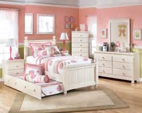 white kids bedroom furniture pin by christi mischeaux on maddie s room pinterest kid