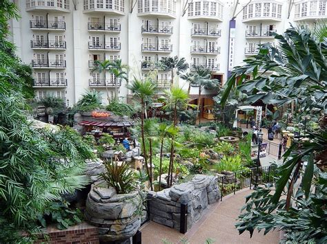 room in the inn nashville the 25 best opryland hotel ideas on hotels nashville tn opryland hotel nashville