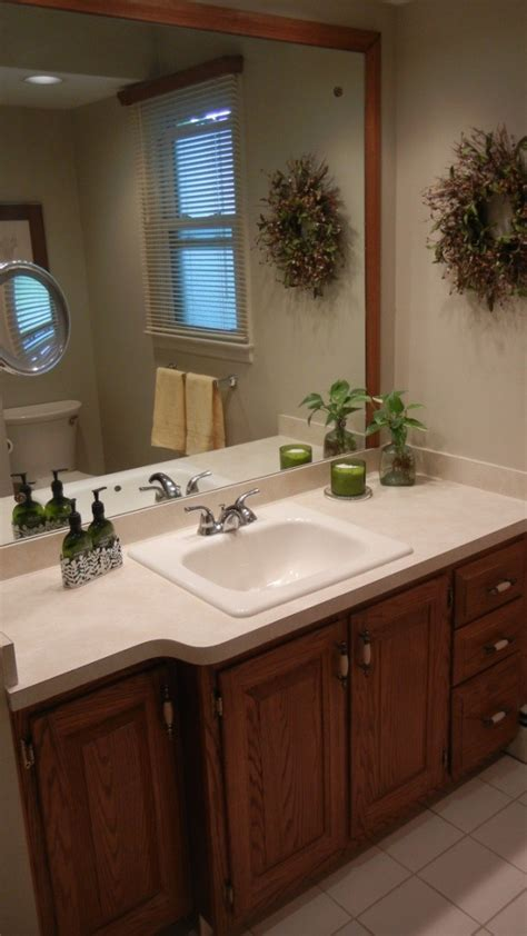 bathroom paint color to coordinate with beige tile thriftyfun bathrooms with oak trim fresh
