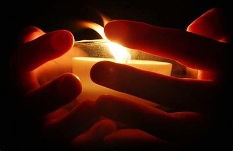 132677462x la magie des chandelles hoodoo le sanctuaire interpr 233 tation du langage des bougies dans